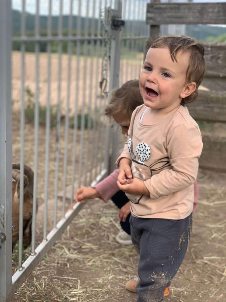 Kinder auf unserem Hof